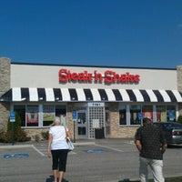 Photo taken at Steak 'n Shake by Lindsey S. on 9/6/2012