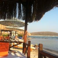Das Foto wurde bei Alaçatı Beach Resort von Turgay Y. am 7/8/2012 aufgenommen
