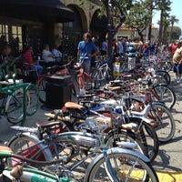 Photo taken at Portfolio Coffeehouse by David S. on 8/5/2012