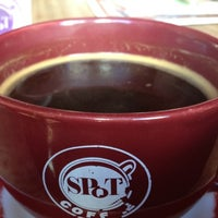 Photo taken at Spot Coffee Delaware Cafe by Clark D. on 7/24/2012