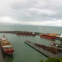 Photo taken at Bluff Lookout by Noman T. on 4/7/2012