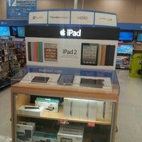 Photo taken at Walmart Supercenter by Diana G. on 4/16/2012