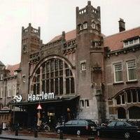 Photo taken at Station Haarlem by Yusri Echman on 3/23/2012