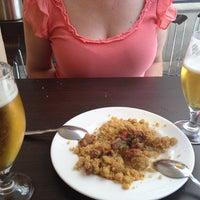 Foto tomada en Restaurante Los Manueles por Pasqual S. el 8/24/2012