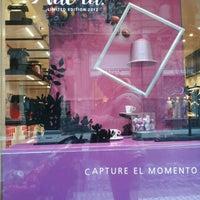 Foto tirada no(a) Nespresso Boutique por Pablo O. em 4/14/2012