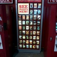 Foto scattata a Corner Store da John T. il 3/25/2012
