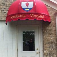 Das Foto wurde bei Southwind Vineyards von Lorre A. am 5/14/2012 aufgenommen