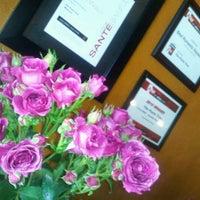Photo taken at Pasta Tree Restaurant & Wine Bar by Suzzette M. on 2/15/2012