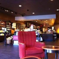 Photo taken at Starbucks by Yutaka M. on 6/16/2012