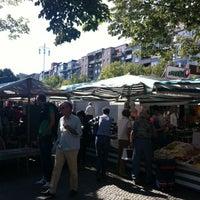 Das Foto wurde bei Wochenmarkt Winterfeldtplatz von Patricio H. am 9/1/2012 aufgenommen