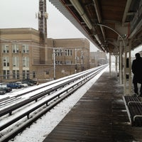 Photo taken at CTA - Thorndale by Marcus T. on 2/24/2012