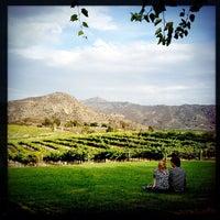 Das Foto wurde bei Orfila Vineyards and Winery von Andrew R. am 9/10/2012 aufgenommen