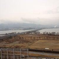 รูปภาพถ่ายที่ AEON Mall โดย Hideto Y. เมื่อ 2/25/2012