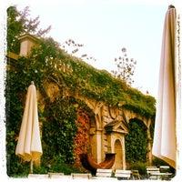 Das Foto wurde bei Max Café von Florian A. B. am 9/6/2012 aufgenommen