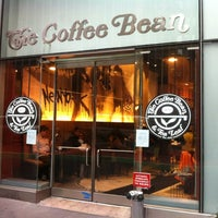Photo taken at The Coffee Bean & Tea Leaf by Juston P. on 2/11/2012