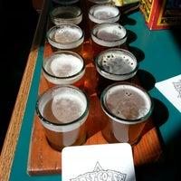 Foto diambil di Lost Coast Brewery oleh Emily Y. pada 8/27/2012