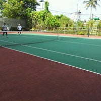 Photo taken at Văn Thánh Tennis Court by Joseph N. on 3/11/2012