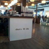 8/23/2012 tarihinde cevahir a.ziyaretçi tarafından Robert's Coffee'de çekilen fotoğraf
