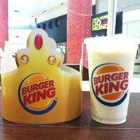 Photo taken at Burger King by  Tiago B. on 3/1/2012