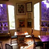 Photo taken at William Kafe Artistik by Romano A. on 3/10/2012