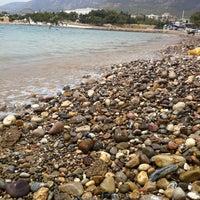 Foto tirada no(a) Aydıncık Plajı por K em 7/22/2012