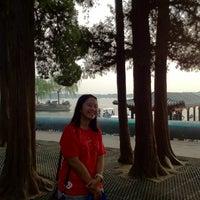 Photo taken at 昆明湖 Kunming Lake by พี่สาว แ. on 9/9/2012