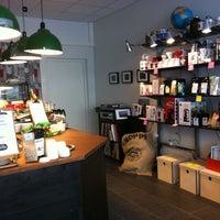 5/3/2012 tarihinde Taika P.ziyaretçi tarafından Good Life Coffee'de çekilen fotoğraf