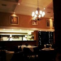 Foto tirada no(a) Maccherone Culinária Italiana por Newton G. em 6/5/2012