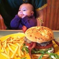 Photo taken at Cheeseburger in Paradise - California, MD by I.A.M.W.H.A.T.I.A.M . on 2/20/2012