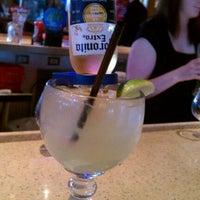 Photo taken at Applebee's Neighborhood Grill & Bar by Benjamin D. on 3/25/2012