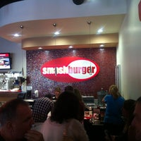 Photo taken at Smashburger by 🇬🇧Alphonso G. on 8/15/2012