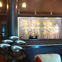 Photo taken at นาราวดี สปาแอนด์รีสอร์ท by Thammanoon Y. on 2/12/2012