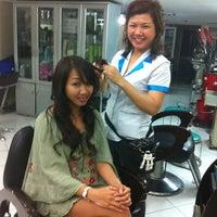 Photo taken at Mung Thien Nga salon by Vivian P. on 3/7/2012