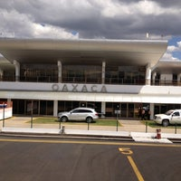 Foto tomada en Aeropuerto Internacional de Oaxaca (OAX) por Obed M. el 2/11/2012