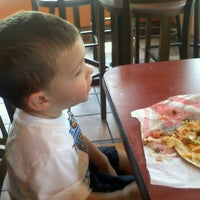 Photo taken at Taco Bell by Laura R. on 8/1/2012