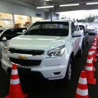 Photo taken at Chevrolet Metrosul by Lizzy D. on 5/15/2012