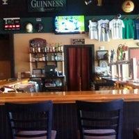 Foto tomada en Dublin Ale House Pub por Peter M. el 6/2/2012
