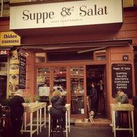 Das Foto wurde bei Suppe & Salat von Manuel MANTU O. am 5/31/2012 aufgenommen