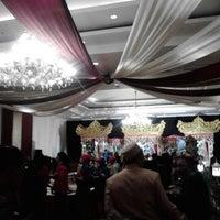 Photo taken at Alamanda Ballroom Imperial Aryaduta by Muhammad A. on 9/9/2012