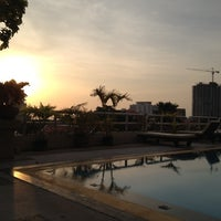 Photo taken at Pattaya Hill Resort by Oskars D. on 5/15/2012