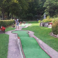 Photo taken at golf miniature du parc by Johan S. on 9/10/2012