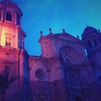 Foto tomada en Catedral de Cádiz por Belén T. el 4/15/2012