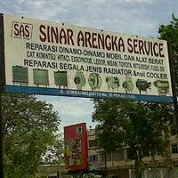 Photo taken at Jalan arengka by Sufi M S. on 3/8/2012