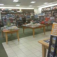 Photo taken at Barnes & Noble by Lashanna R. on 7/29/2012