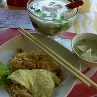 Photo taken at Cwi Mie & Bakso Lombok by Mel's S. on 5/24/2012