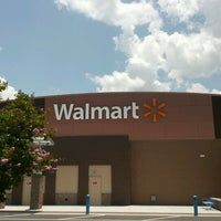 Photo taken at Walmart Supercenter by Parnell L. on 5/19/2012