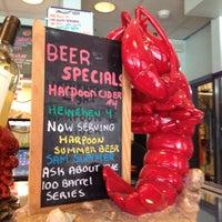 Photo prise au Yankee Lobster par Erica A. le6/1/2012