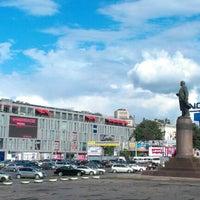 Foto scattata a Площа Героїв Майдану / Heroes of Maidan square da Elena il 8/19/2012