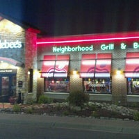 Photo taken at Applebee's Grill + Bar by Raidel A. on 7/27/2012