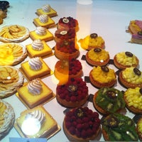 Photo taken at Pâtisserie Amoud by Leïla A. on 9/13/2012